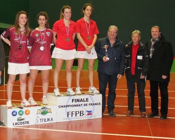 Le podium junior féminines - 97.1 ko