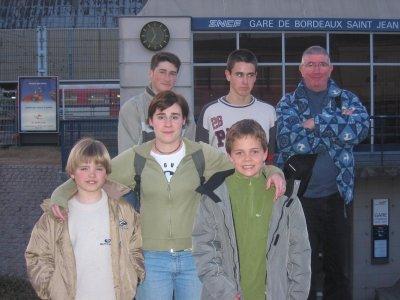 les équipes de ligue de xare au départ pour Paris  - 27.8ko